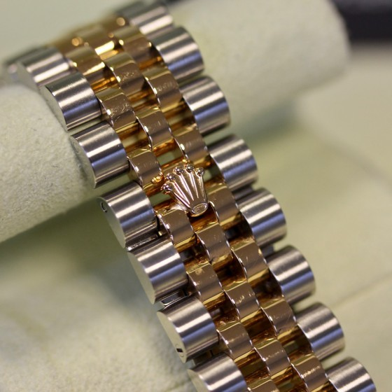 Rolex Datejust 116233 'Champagne Diamond' image 4