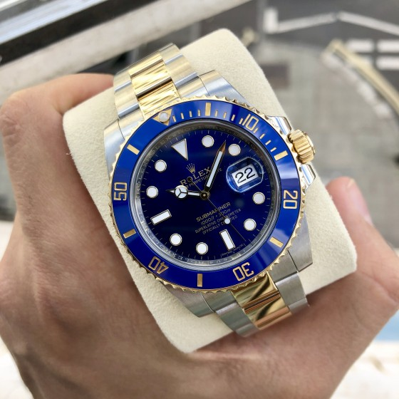 Rolex Submariner 116613LB '' Immaculate Condition '' image 3