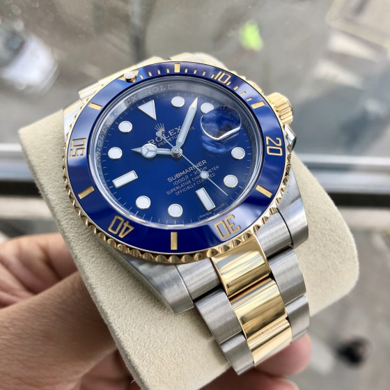 Rolex Submariner 116613LB '' Immaculate Condition '' image 1