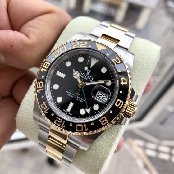 Rolex GMT Master II 116713LN 'Excellent condition ' image 2