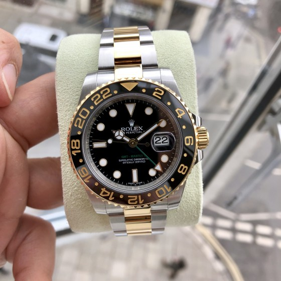 Rolex GMT Master II 116713LN 'Excellent condition ' image 4