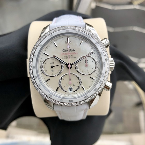 Omega Speedmaster  324.38.38.50.55.001 'Available to order ' image 1
