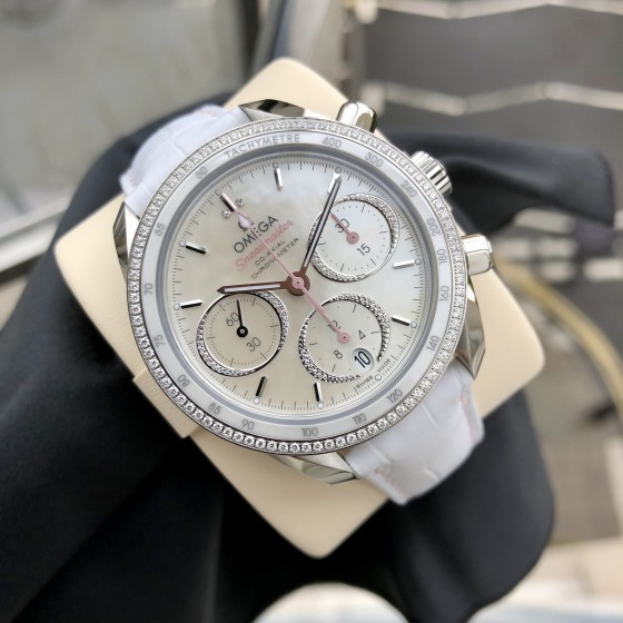 Omega Speedmaster  324.38.38.50.55.001 'Available to order ' image 2